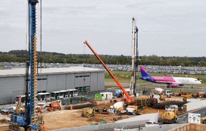 Luton Airport gets piled by VolkerFitzpatrick