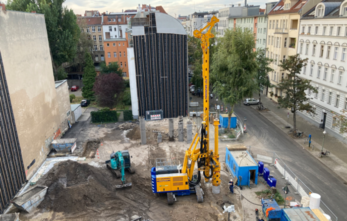 First application of the new Bauer BG 23 H compact in Berlin