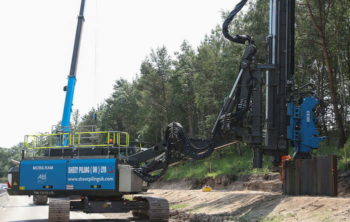 Sheet Piling deploys long reach telescopic leader rig on road improvement scheme