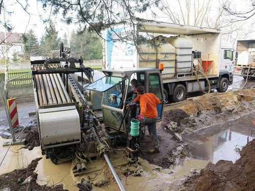 he utex team operating the  25 in the arsaw district of ialoleka