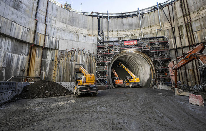 Freezing work allows tunnelling to start under Isarco river