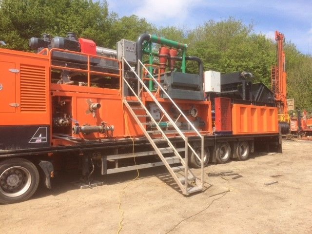 he largest mud cleaning system operated by eoech evelopments is mounted on a 44t trailer