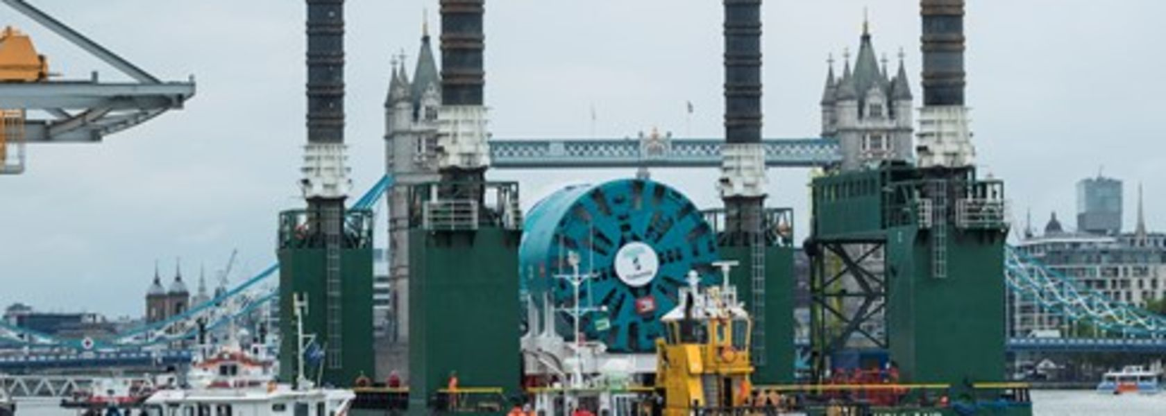 London super sewer TBM arrives by river