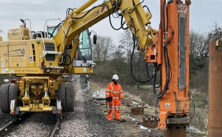 Van Elle supports HS2 with critical foundation support