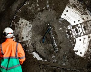 Charlotte completes tunnel under Thames