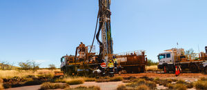 Mitigating drilling contract award risks