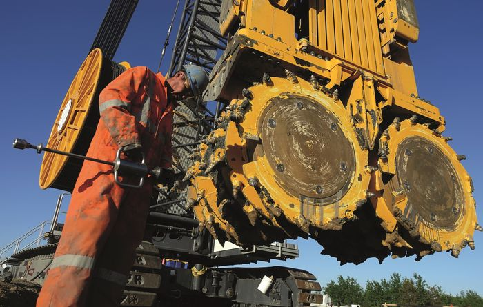 Bauer's 228m trench cutter world record